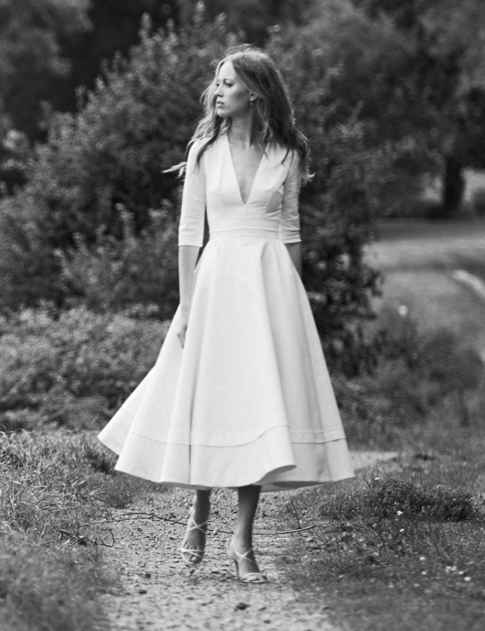 Prospère, Robe de mariée mi longue avec manches